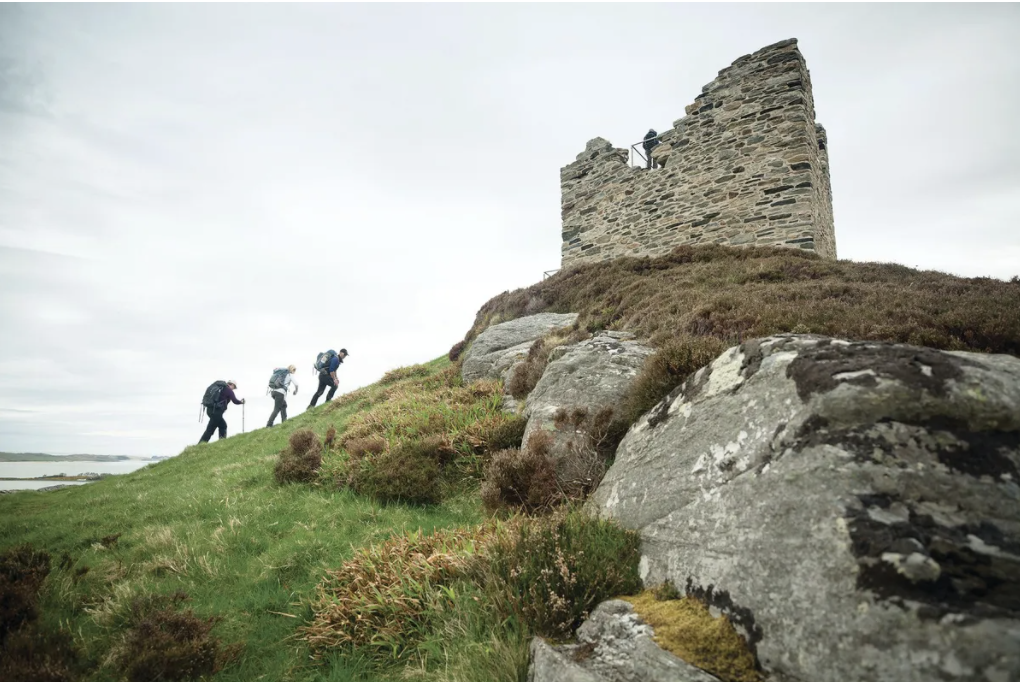 A Wilderness Scotland tour through beautiful scenery and ruins on the North Highlands Coast Credits: Wilderness Scotland-Rupert Shanks