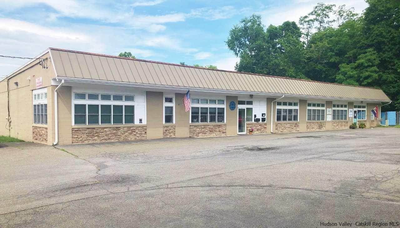 Commercial / Office for Sale at New Paltz, New York United States