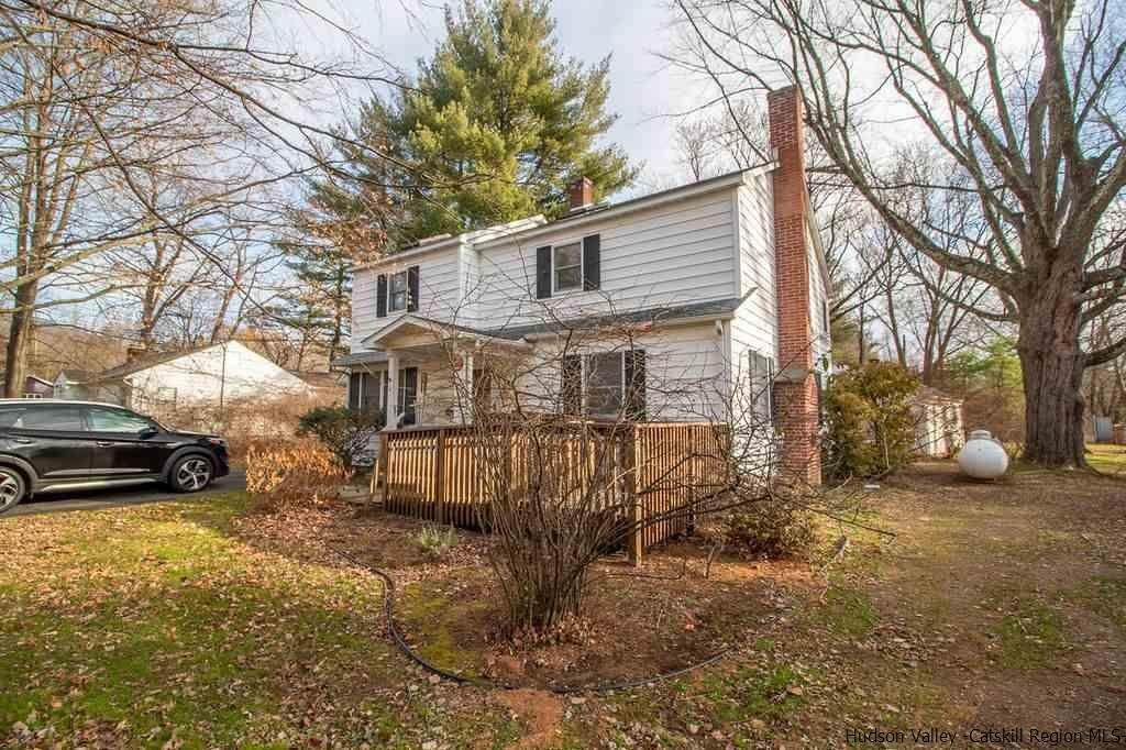 Single Family Homes for Sale at 8 Elwyn Lane Woodstock, New York 12498 United States