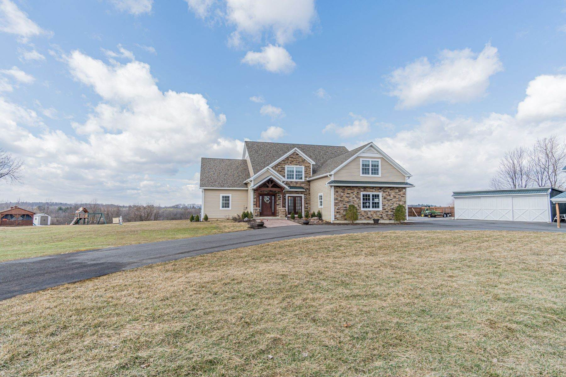 44. Single Family Homes for Sale at 1059 County Rt 70, Saratoga Tov, Ny, 12170 1059 County Rt 70 Stillwater, New York 12170 United States