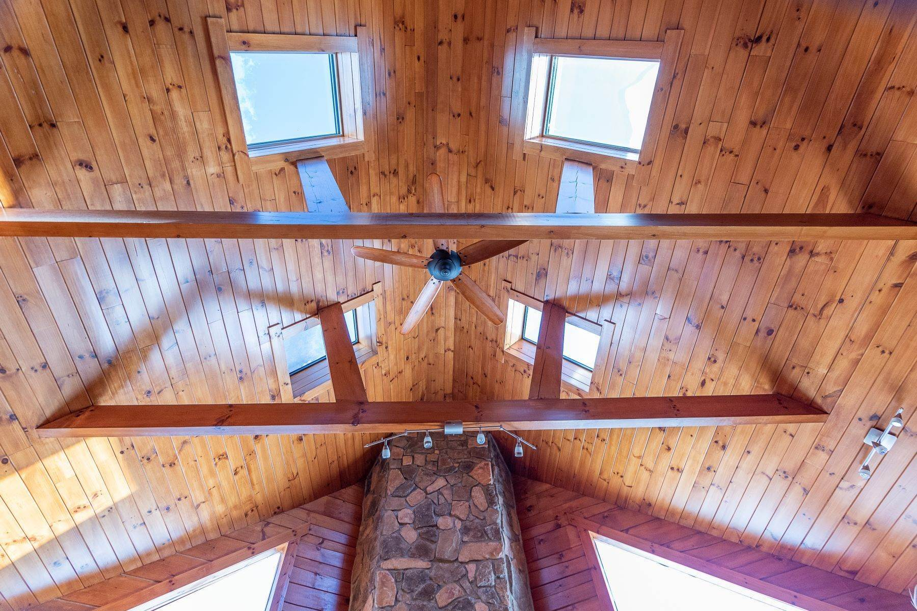 18. Single Family Homes for Sale at Timeless Luxury Yellow Pines Log Cabin 241 Campbell Road Windham, New York 12496 United States