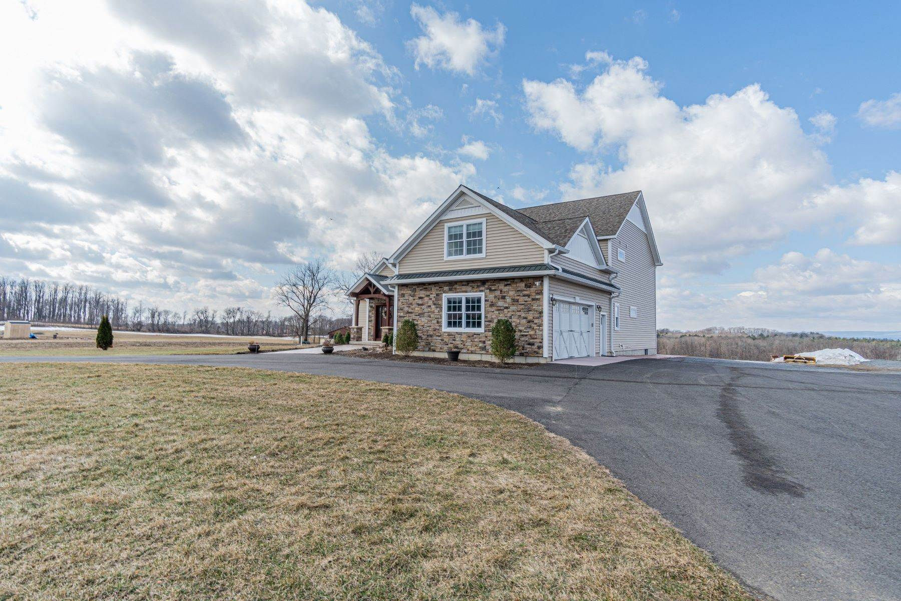 46. Single Family Homes for Sale at 1059 County Rt 70, Saratoga Tov, Ny, 12170 1059 County Rt 70 Stillwater, New York 12170 United States