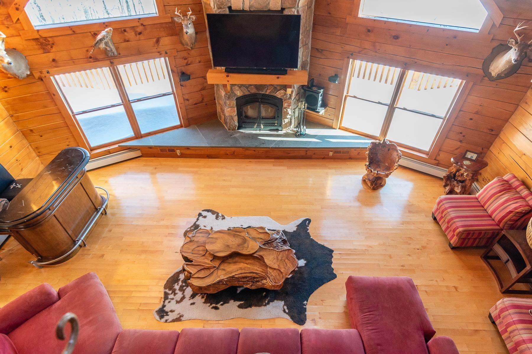 15. Single Family Homes for Sale at Timeless Luxury Yellow Pines Log Cabin 241 Campbell Road Windham, New York 12496 United States