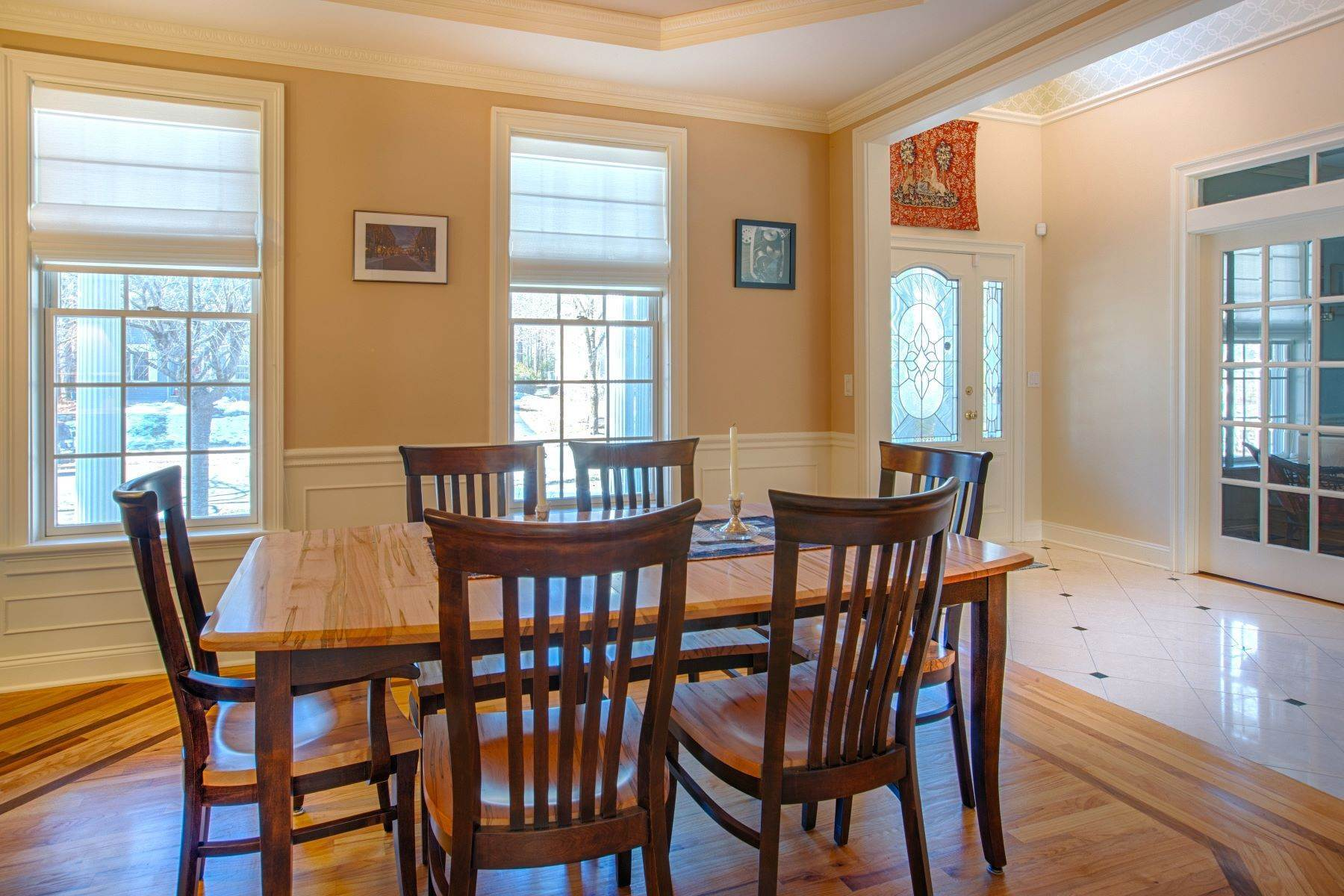 20. Single Family Homes for Sale at 14 Horizon Dr, Saratoga Springs, Ny, 12866 14 Horizon Dr Saratoga Springs, New York 12866 United States