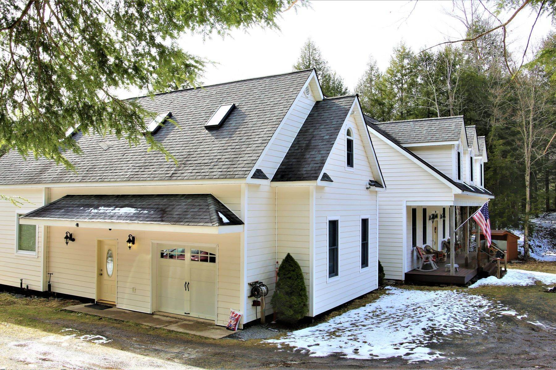 5. Multi-Family Homes for Sale at Hidden luxury in the forest near Belleayre Skiing 395 Roaring Brook Lane, Above the Owl's Nest in Highmount Highmount, New York 12441 United States