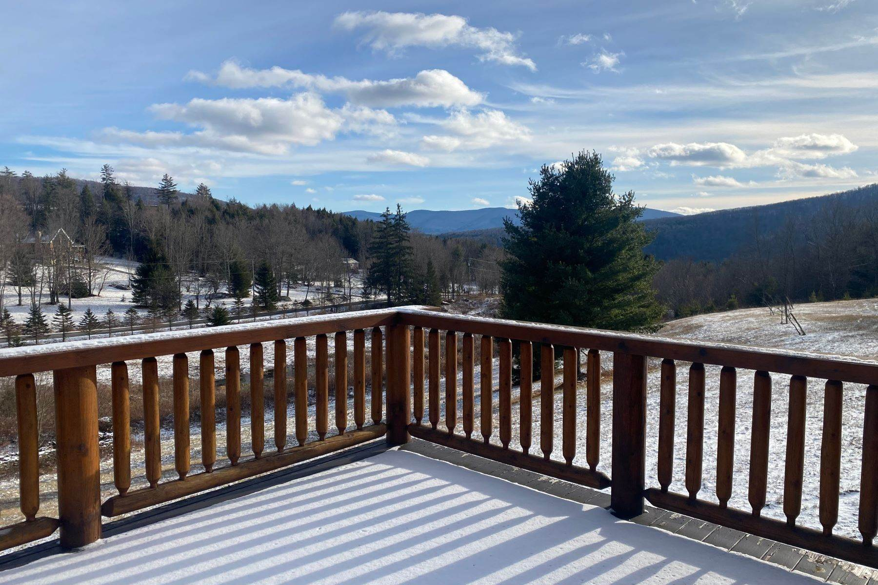 7. Single Family Homes for Sale at Timeless Luxury Yellow Pines Log Cabin 241 Campbell Road Windham, New York 12496 United States
